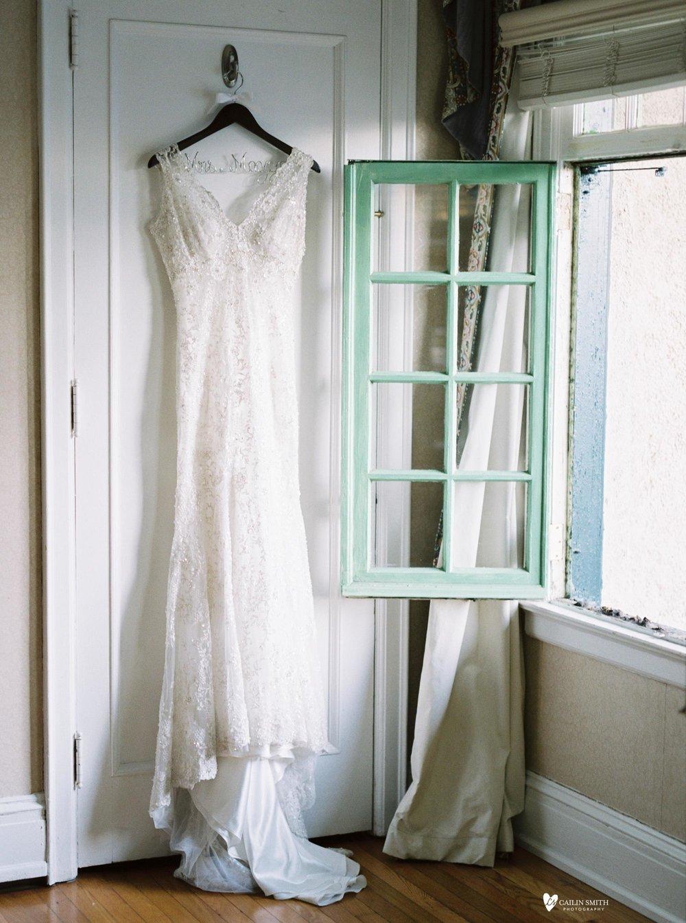 Emma_Nick_Club_Continental_Wedding_Photography_002.jpg