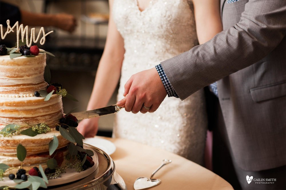 Emma_Nick_Club_Continental_Wedding_Photography_090.jpg