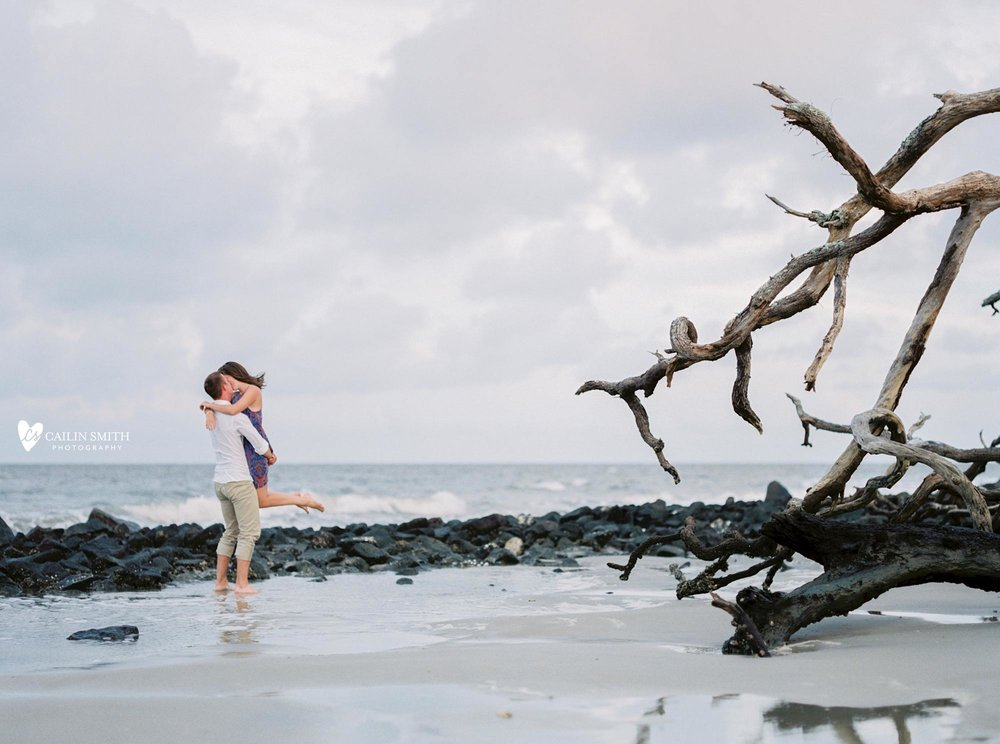 Jacqueline_Matt_Jekyll_Island_Engagement_Photography_Driftwood_Beach_Engagement_21.jpg