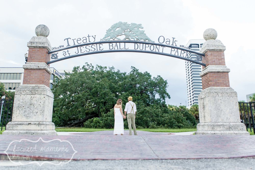 2013_08_03_Treaty_Oaks_Park_Jacksonville_Engagement_Photography_26.jpg