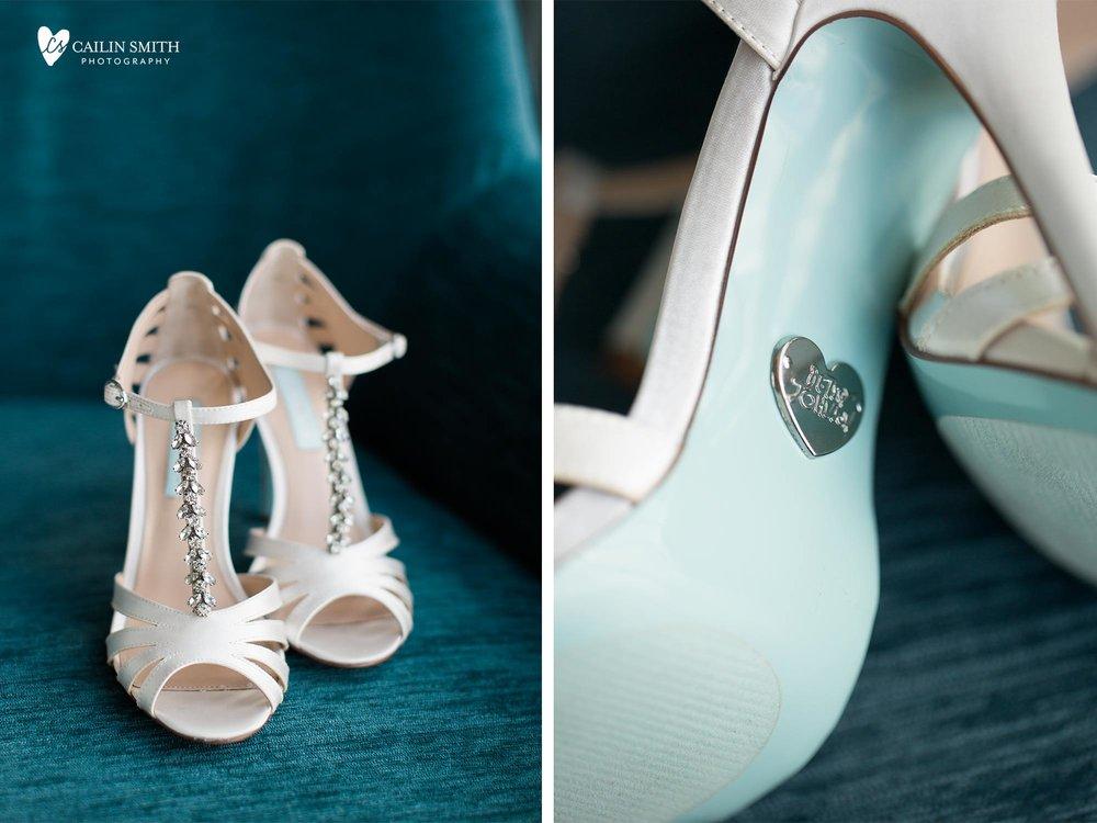 Laura_Bryan_Orsay_Restaurant_Wedding_Blog_004.jpg