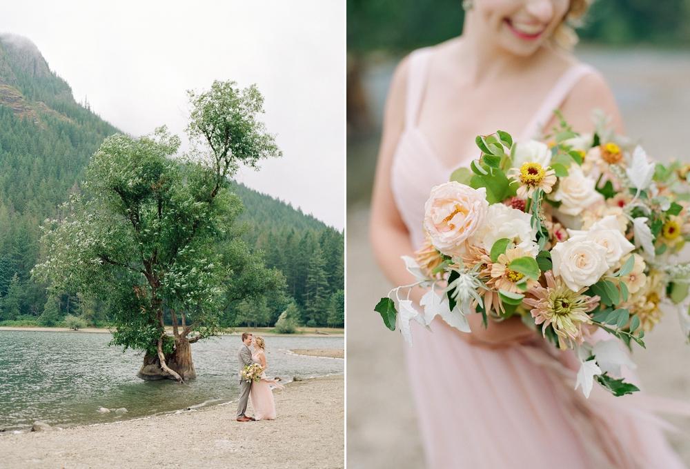 rattlesnake_lake_engagment_floral_bouquet 2.jpg