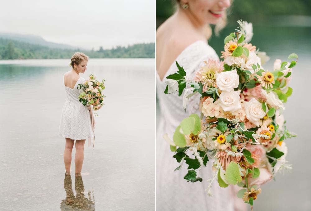 rattlesnake_lake_engagment_floral_bouquet 10.jpg