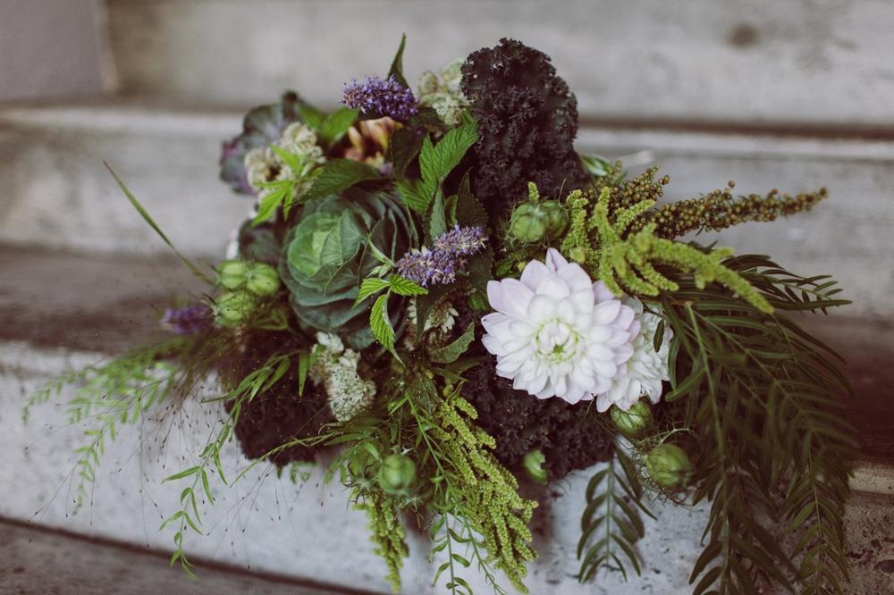 kale_themed_seattle_wedding_florist 1.jpg