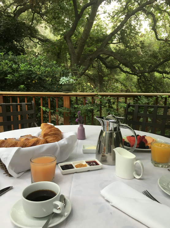 Breakfast on the terrace of Oak Grove Cottage
