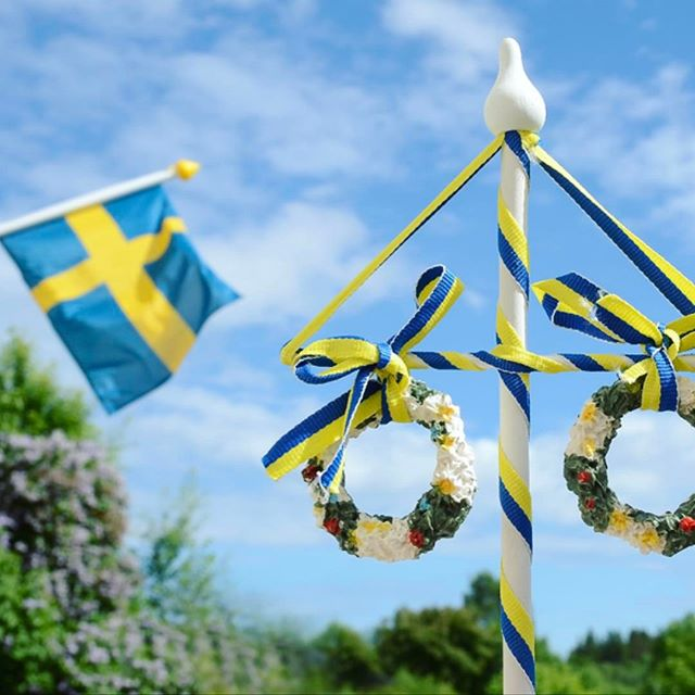 "It's #midsummer and since one of our co-owners are #swedish that means #freeshipping for a week.. we are nice like that.. use the code ""midsummer"" on http://verduu.com and we will cover the shipping for anyone ordering from Europe.. perfect summer solstice gift to your friend or for yourself.. . . . . . . #goetzegegenwart #michaelsontag #hienle #christophershannon #verduuperfumes #verduu #perfume #fashiondesign #onlineshopping #thequeensenglish #europe #perfumelovers #niche #nicheperfume #markbuxton #fertilitypole #fertility"