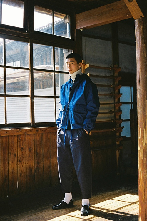 http-%2F%2Fhypebeast.com%2Fimage%2F2017%2F04%2Frainy-planet-2017-fall-winter-collection-14.jpg