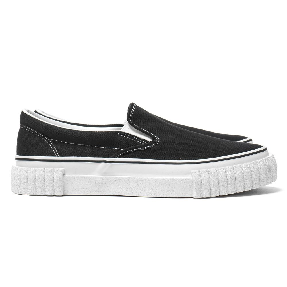 GANRYU-Cotton-Canvas-Slip-on-Sneaker-Black-1_2048x2048.jpg
