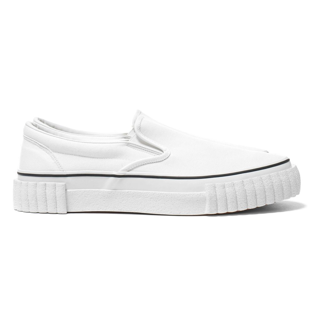 GANRYU-Cotton-Canvas-Slip-on-Sneaker-White-1_2048x2048.jpg