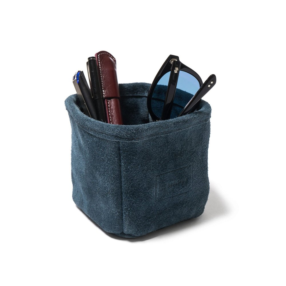 Maple-Pen-Holder-Suede-NAVY-2_79038287-d867-4fd4-9bef-48de998d6eb1_2048x2048.jpg