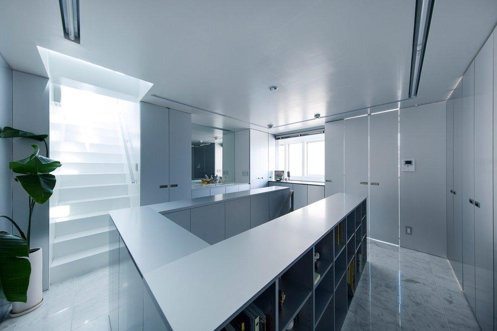 shinbohon-house-k-yuichi-yoshida-associates-architecture-residential-japan-_dezeen_2364_col_11.jpg