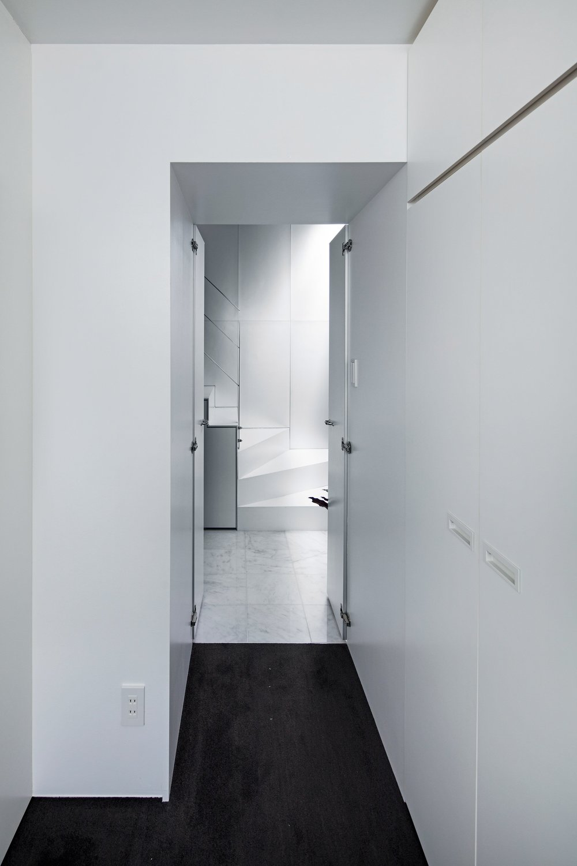 shinbohon-house-k-yuichi-yoshida-associates-architecture-residential-japan-_dezeen_2364_col_17.jpg