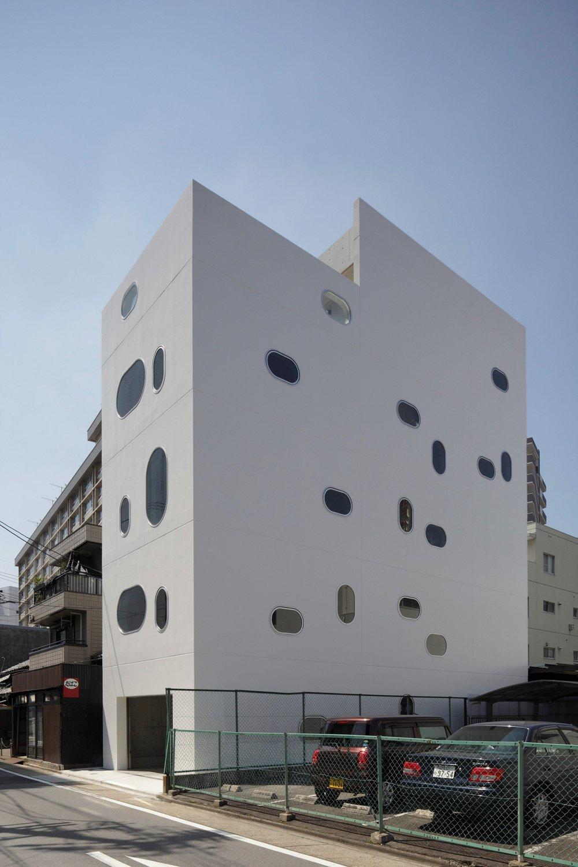 tetote-note-yoshihiro-kato-atelier-architecture-residential-studio-offices-nagoya-japan-_dezeen_2364_col_2.jpg