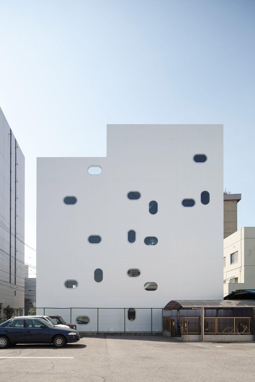 tetote-note-yoshihiro-kato-atelier-architecture-residential-studio-offices-nagoya-japan-_dezeen_2364_col_5.jpg