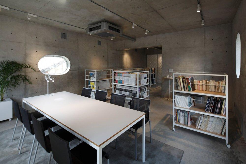 tetote-note-yoshihiro-kato-atelier-architecture-residential-studio-offices-nagoya-japan-_dezeen_2364_col_9.jpg