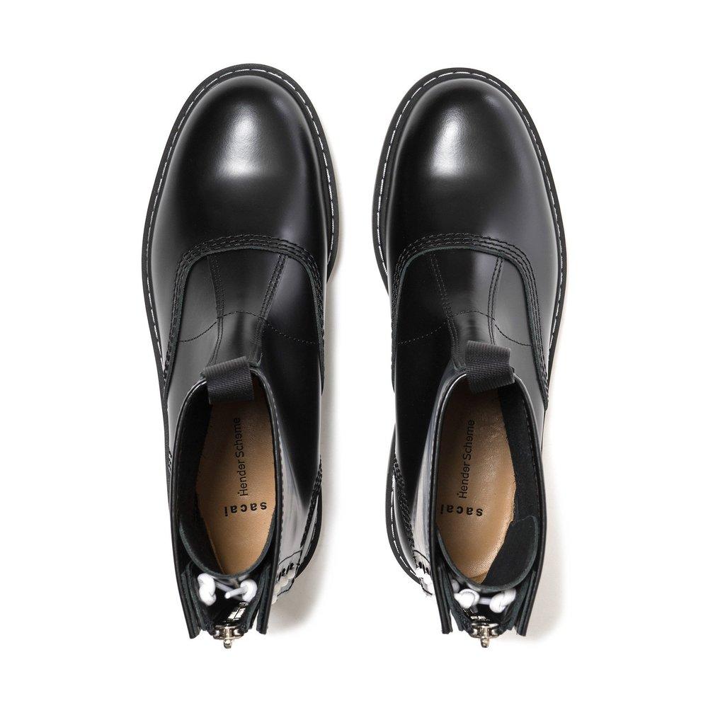 sacai-x-Hender-Scheme-Boots-BLACK-4_7545dc5e-e6e8-4c22-be78-945ffd24a36c_2048x2048.jpg
