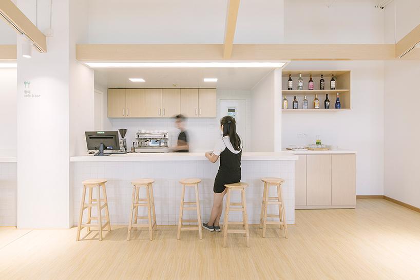 cao-pu-together-hostel-beijing-china-designboom-07.jpg