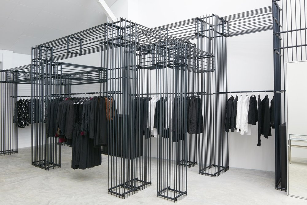 http-%2F%2Fhypebeast.com%2Fimage%2F2017%2F07%2Fdover-street-market-singapore-store-inside-pictures-28.jpg