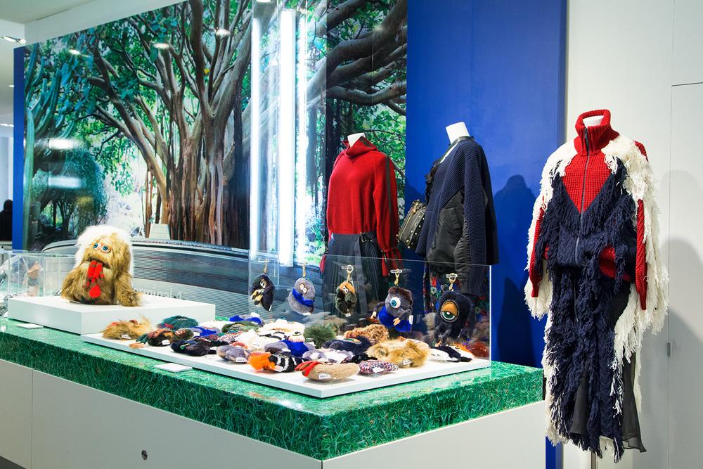 Jardin-sacai-at-colette_store-interior-15.jpg