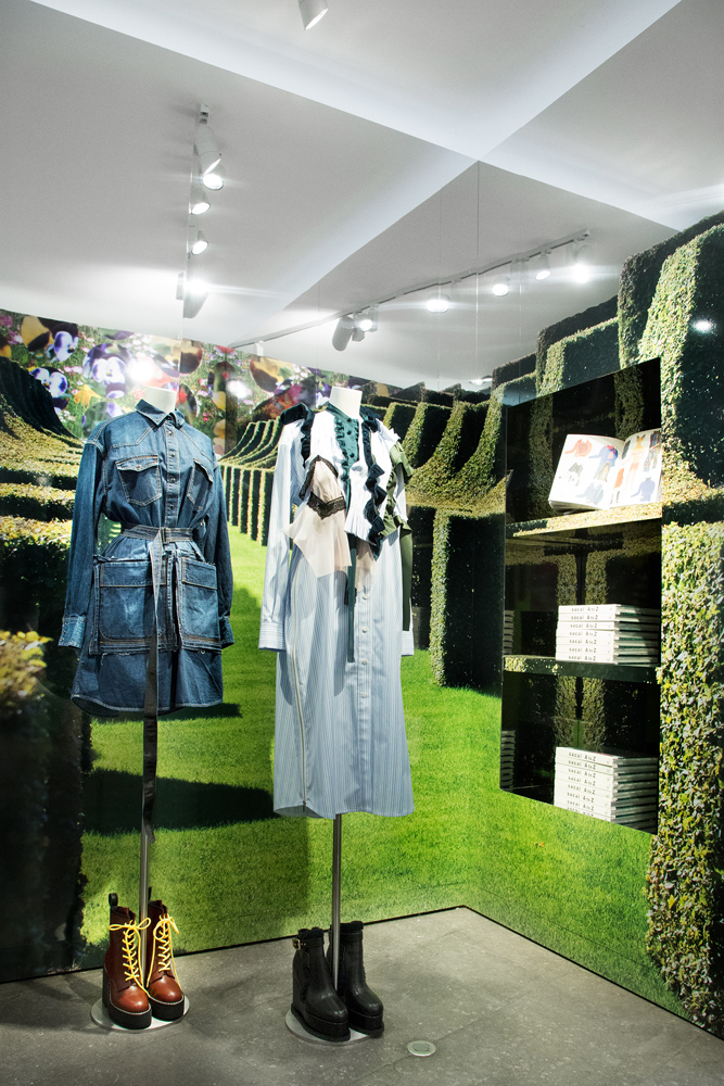 Jardin-sacai-at-colette_store-interior-17.jpg