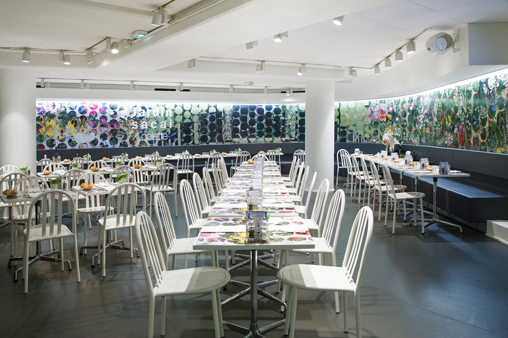 Jardin-sacai-at-colette_Waterbar-1.jpg