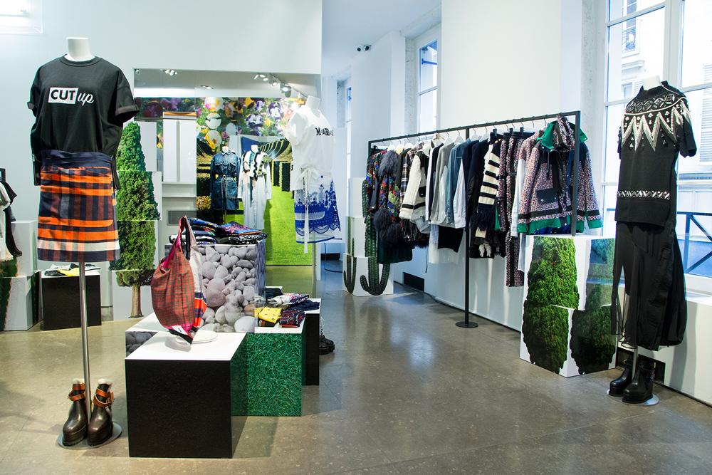 Jardin-sacai-at-colette_store-interior-12.jpg