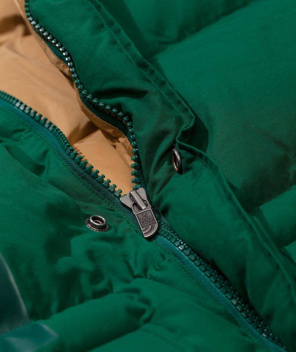 junya-watanabe-man-junya-x-tnf-down-jacket_1160x1380c (6).jpg