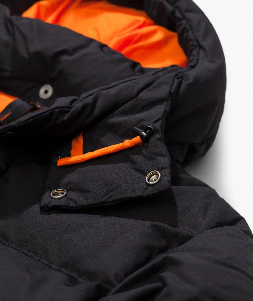 junya-watanabe-man-junya-x-tnf-down-jacket_1160x1380c (12).jpg