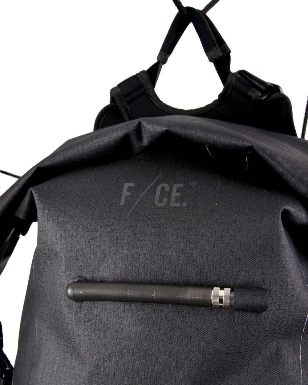 F-CE Feature3-10.jpg