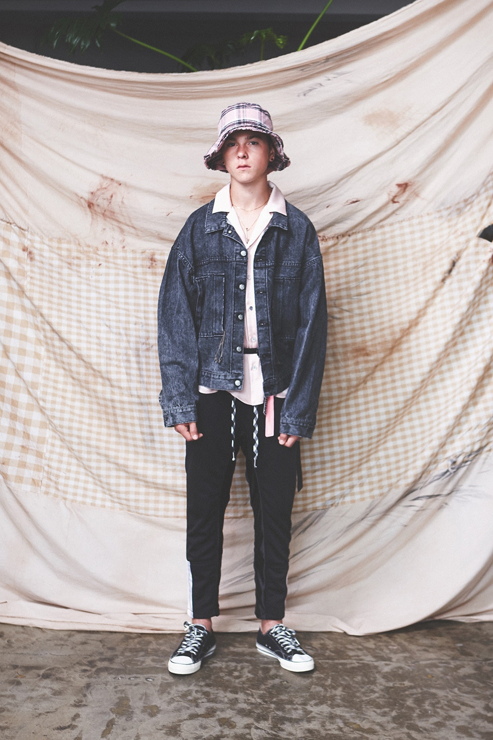ystrdys-tmrrw-spring-summer-2018-lookbook-10.jpg