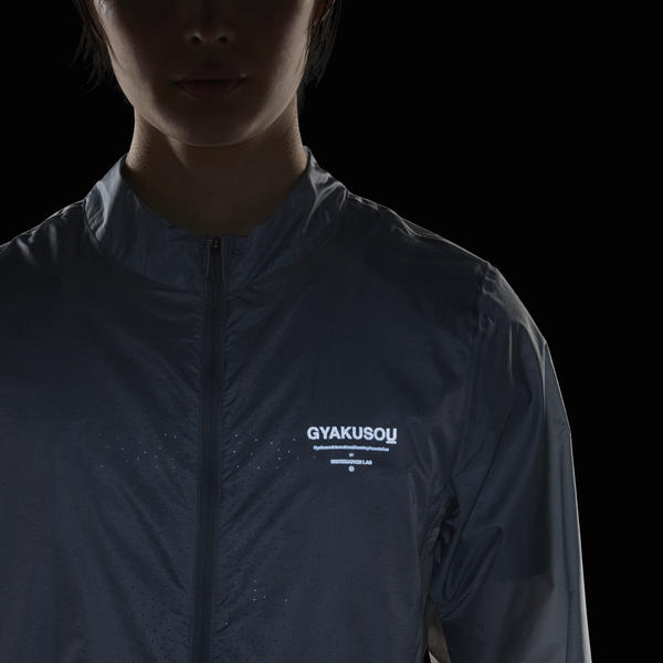 Gyakusou_womens_jacket_reflective_native_600.jpeg