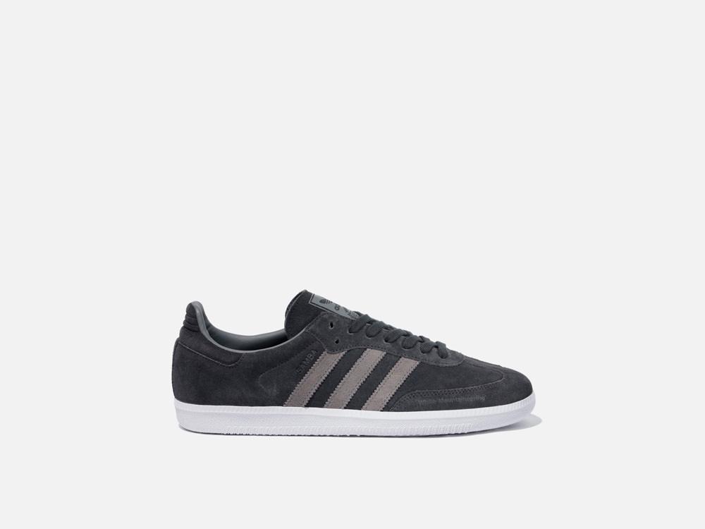 001245_adidas_30.jpg