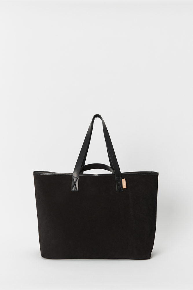 33_leather-core-tote-black-front1.jpg