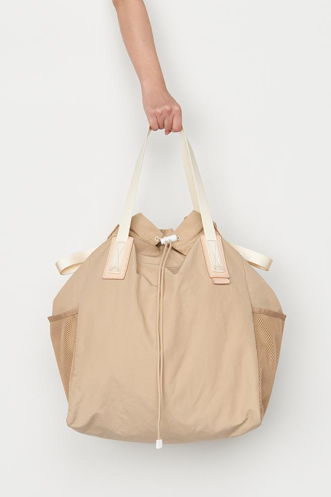 36_functional-tote-bag-beige-front2.jpg