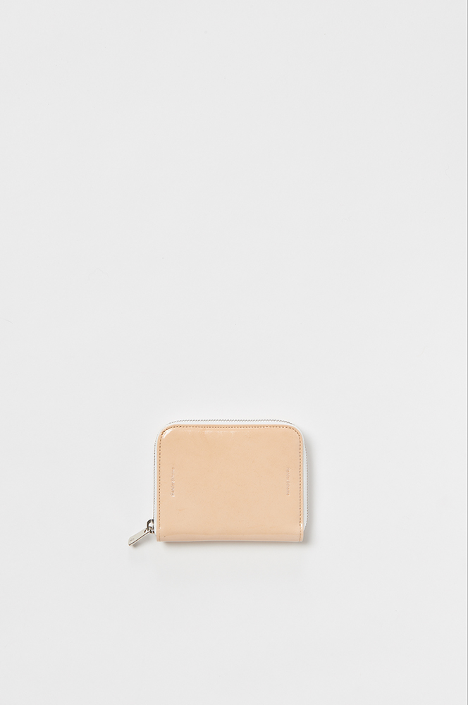 69_square-zip-purse-patent-natural.jpg