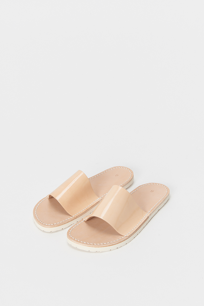 75_atelier-slipper-patent-natural-front.jpg