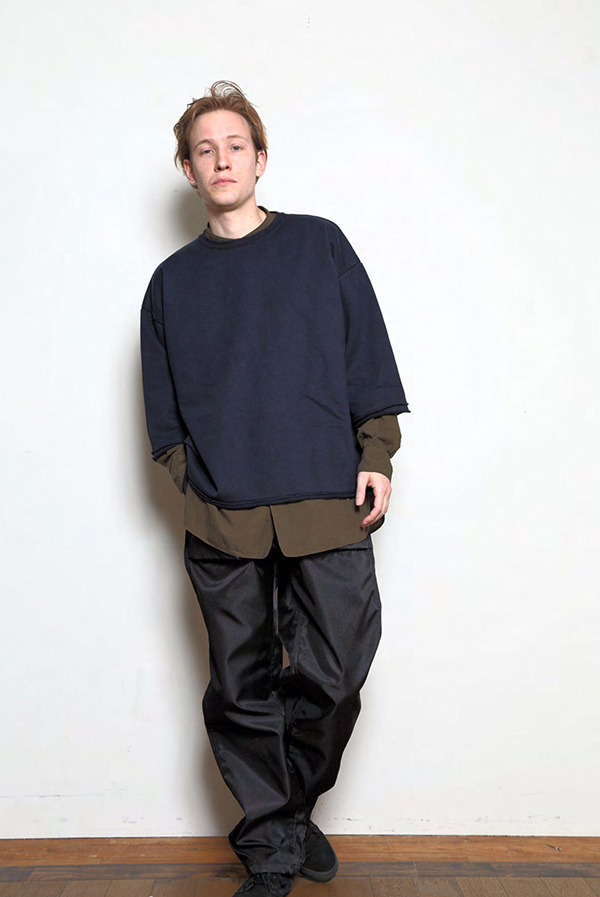 blurhms_18fw_men_look_03.jpg