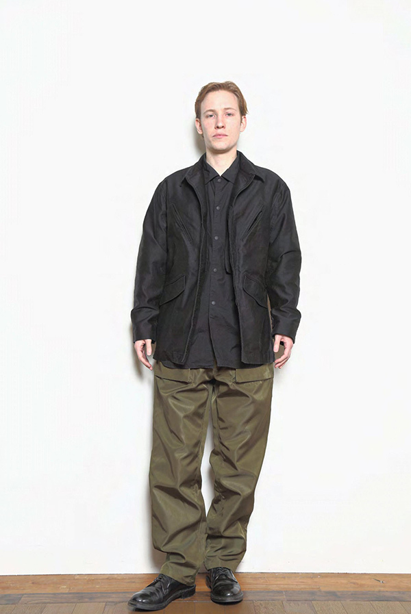 blurhms_18fw_men_look_05.jpg