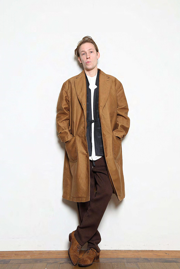 blurhms_18fw_men_look_06.jpg