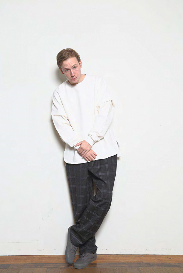 blurhms_18fw_men_look_07.jpg