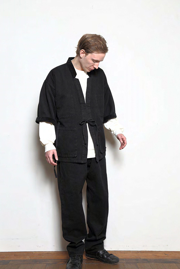 blurhms_18fw_men_look_09.jpg