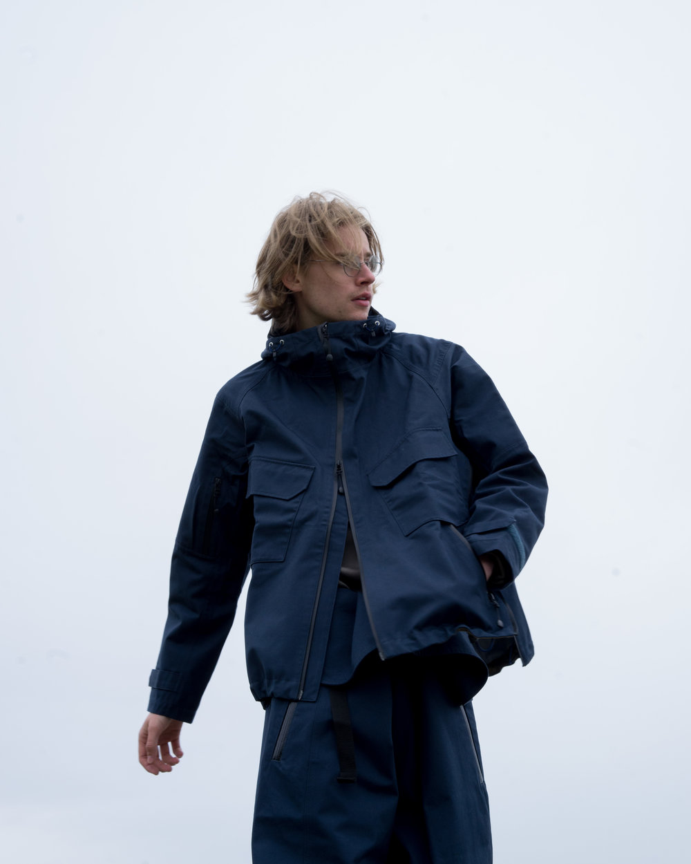Layer Ventile Shell Jacket, Navy. Layer Ventile Wrap Pant, Navy.
