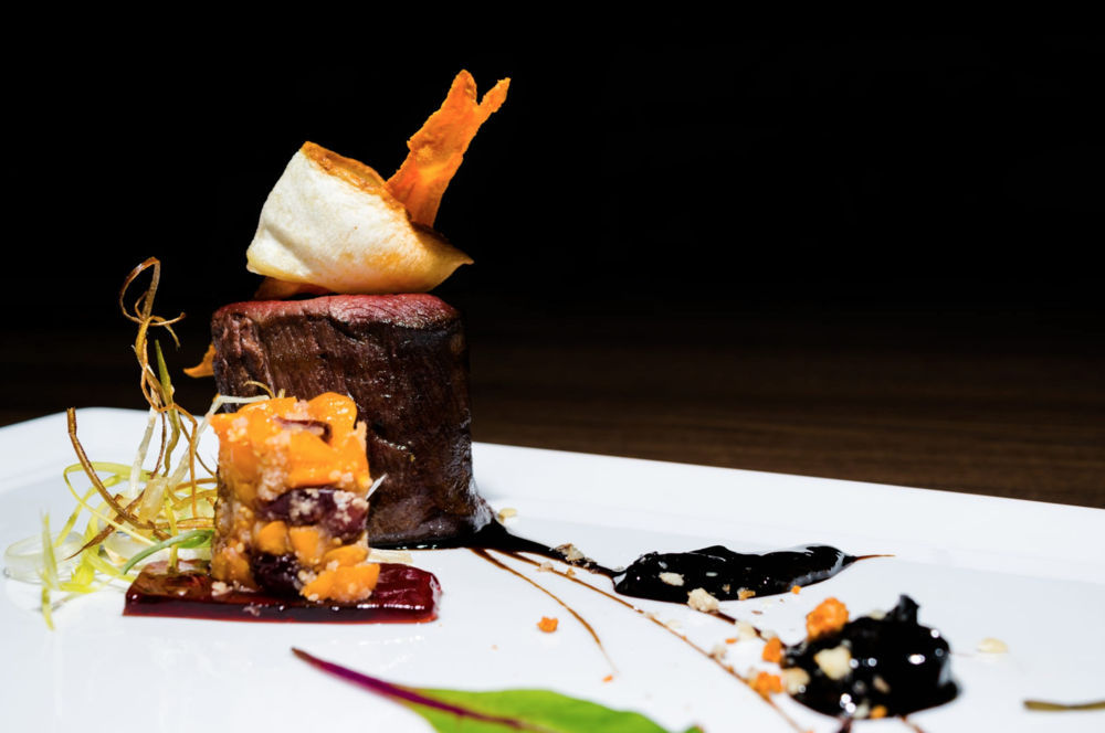 145506747_restaurant-food-lean-beef-by-michael-zak.png