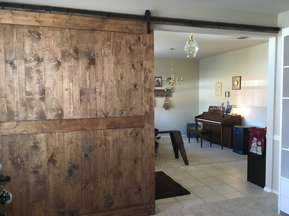 Oversized Mid-Bar With Border (Vertical Plank Back)