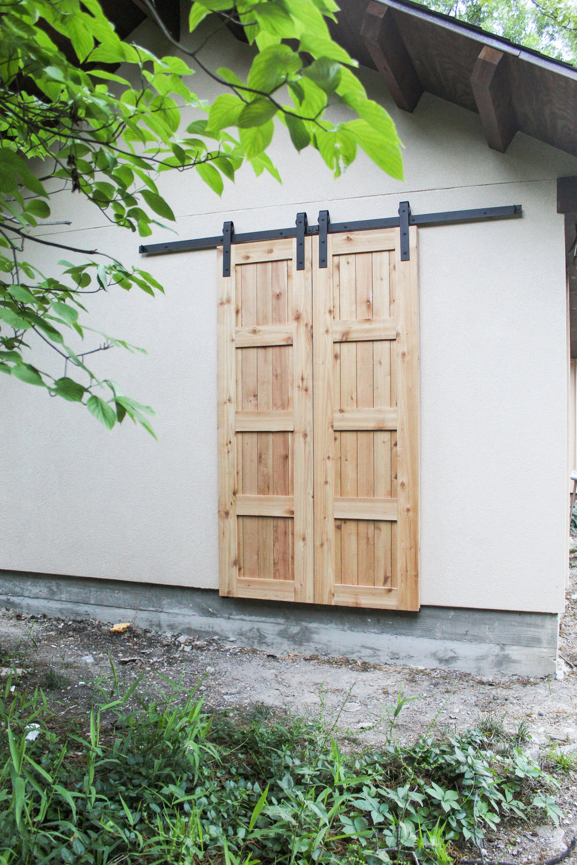 Larry Jones Mediterranean Barn Doors FINAL Edits6.jpg