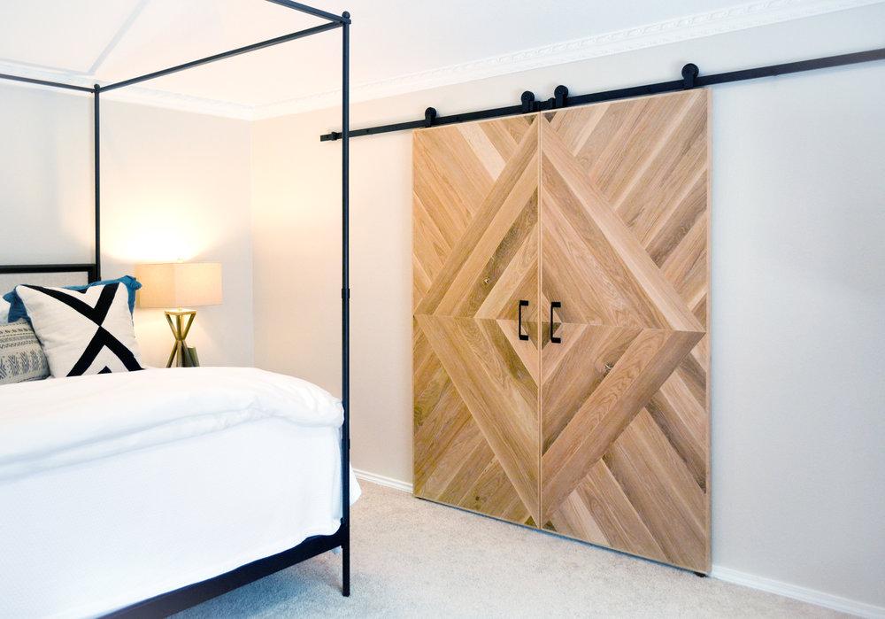McNally Custom Oak Barn Door -336.jpg