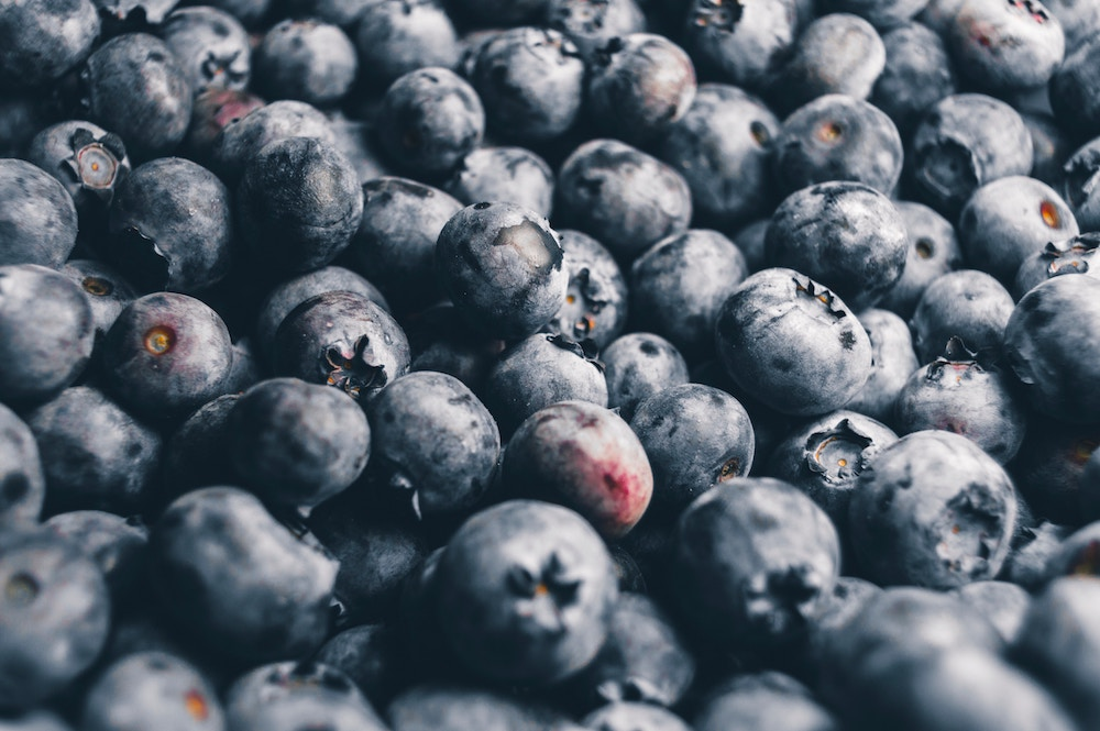 3. Blueberries - Delicious, convenient, and a short term memory booster. Studies have shown that by adding half a cup of blueberries to your day, you'll see improved balance, coordination and short-term memory. The benefits are obvious with blueberries!