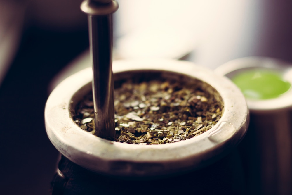 5. Yerba Mate - Here's an interesting one that you may not have heard of before. Yerba Mate (pronounced 'erba mah-teh') is a traditional herbal tea, commonly consumed in South America. Containing caffeine that helps enhance short-term brain power, Yerba Mate is a great alternative to coffee, as it slowly releases caffeine over time, rather than in one big hit.