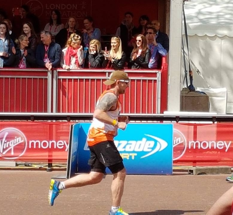Finishing London 2017 (3:23:55)