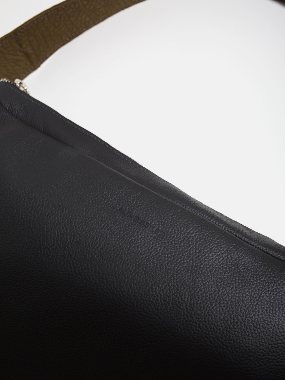 """Detail Shot of the """"M.C Bag"""" by Sonja Klements"""